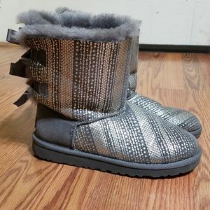 Ugg Bailey Bow Silver/Gray Boots - Size 5